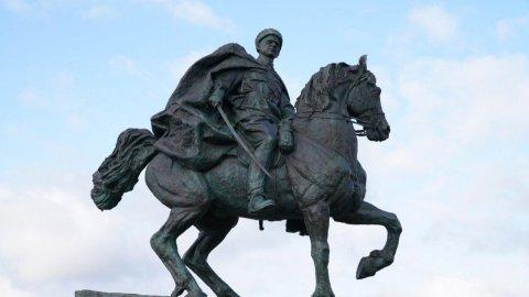 Комдив-фронтовик посмертно стал Героем
