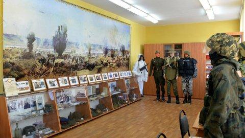 Школьный музей сохранил вражеские листовки