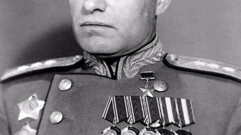 Маршал Казаков. Любовь на линии огня