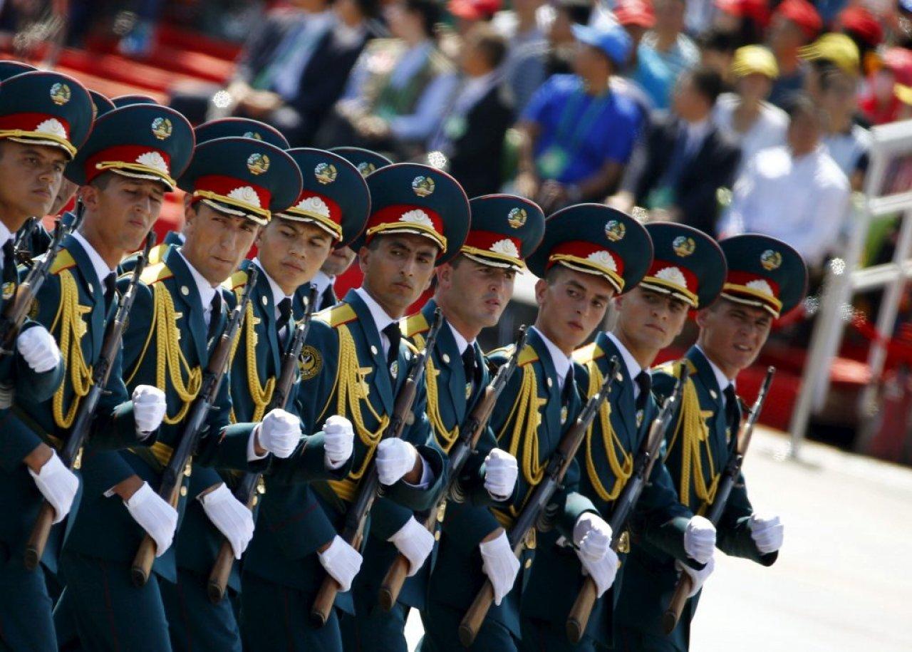 Военные Таджикистана пройдут на параде Победы