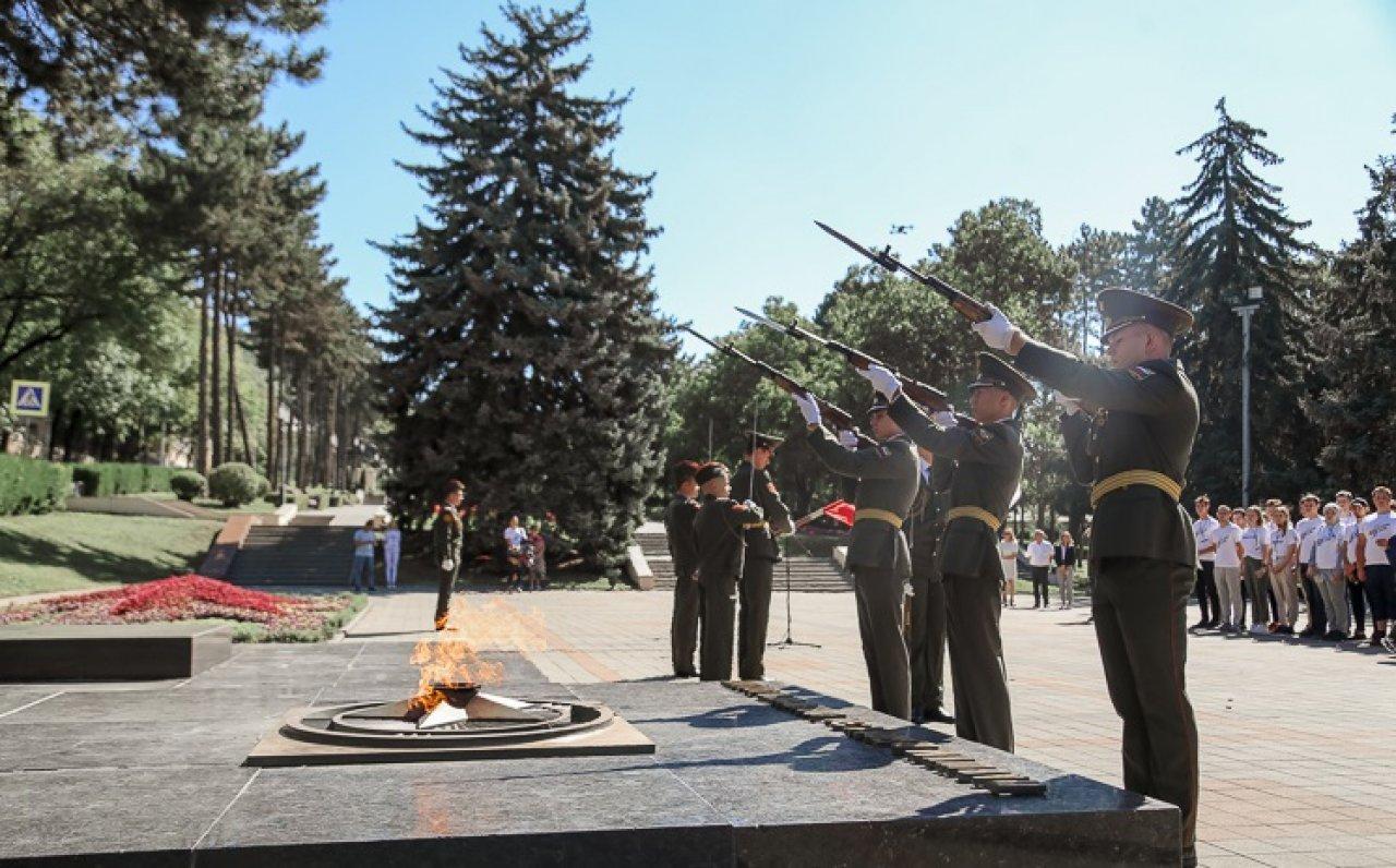 Частицу Вечного огня доставили на Ставрополье