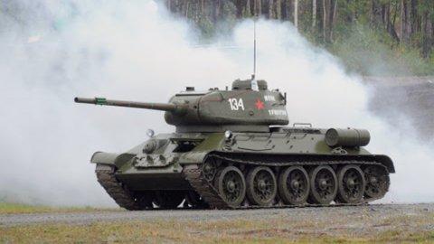 Танки Победы поучаствовали в танковом биатлоне