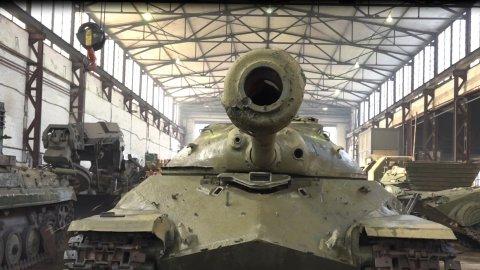 Специалисты Балтийского флота приступили к восстановлению танка, принимавшего участие в Параде Победы в Берлине