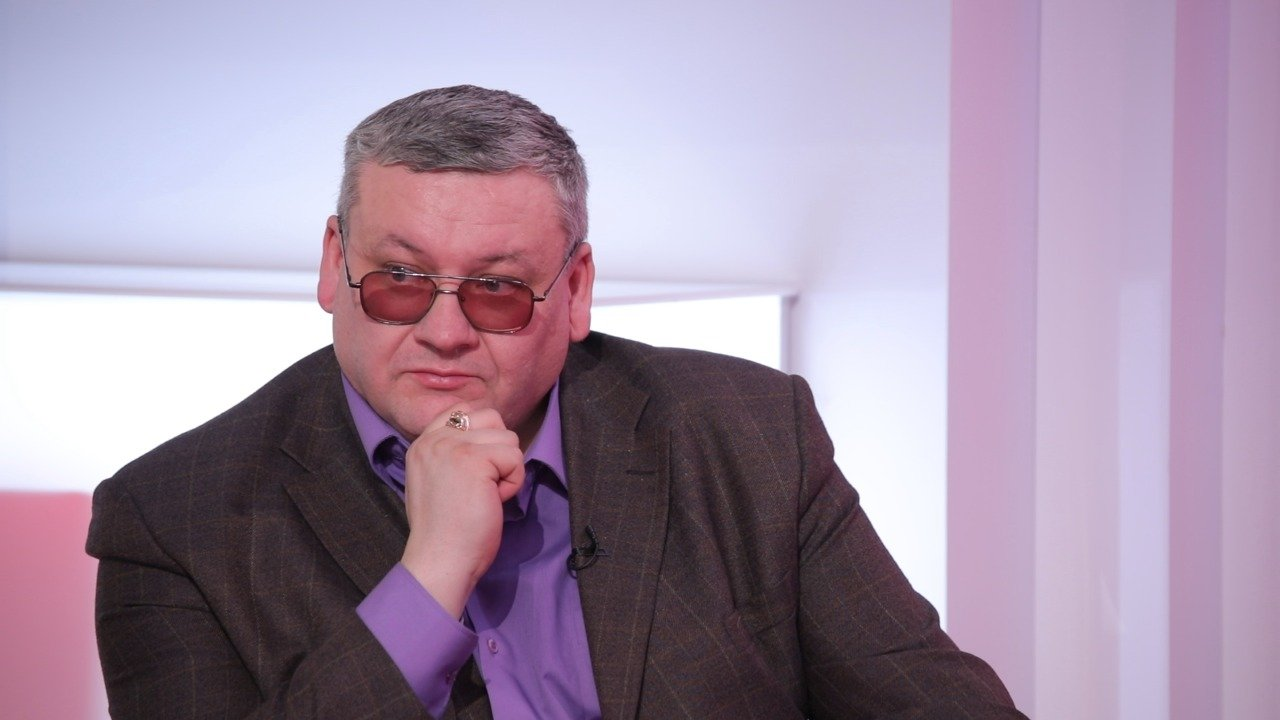 Александр Макушин